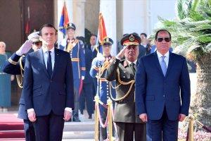 Macron ve Sisi güvenlik ve insan haklarını görüştü