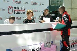 Türkiye'ye Eğitim İçin Gelen Uluslararası Öğrenciler İlk İzlelimlerini Anlaattılar