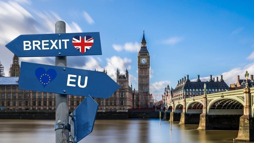 LONDRA Eski MI6 başkanından Brexit anlaşması
