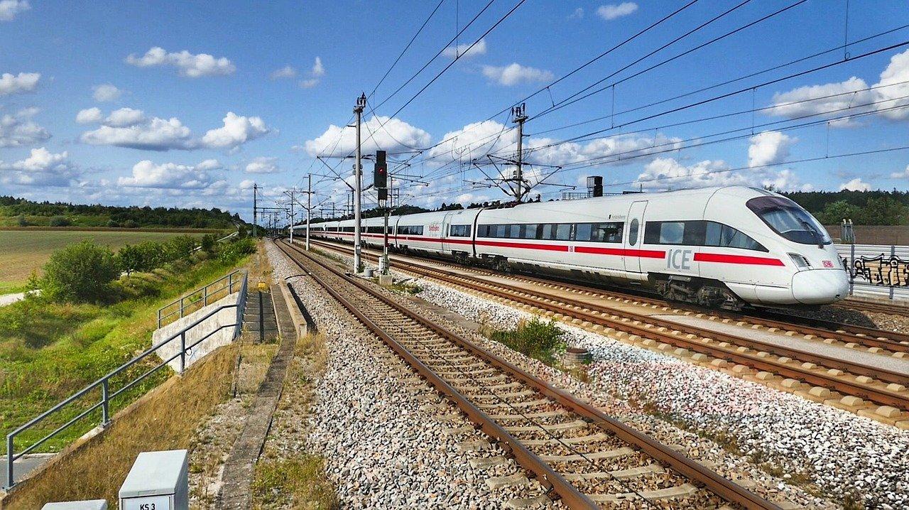 Almanya'da hızlı tren makinisti 2,5 promil alkollü çıktı