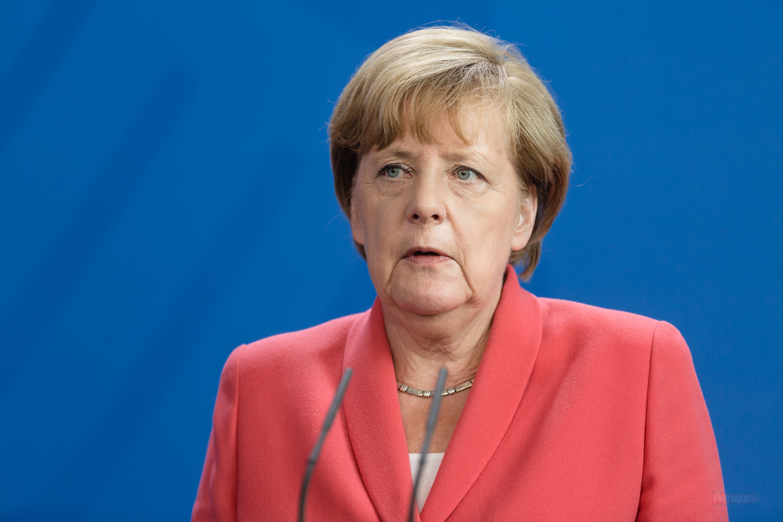 Almanya Başbakanı Merkel: Küresel yapı ancak uzlaşmaya hazırsak çalışabilir