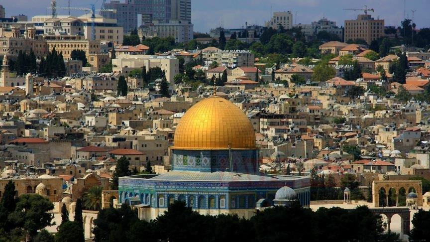 Fanatik Yahudiler  Mescid-i Aksa'yi basti