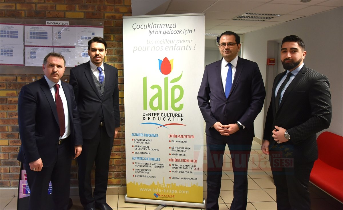 YTB Başkanı Eren, Paris'te temaslarda bulundu