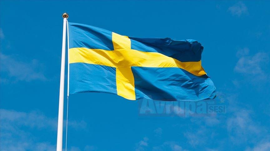 İsveç'te cami yapılmasını öneren politikacı neden istifa etti