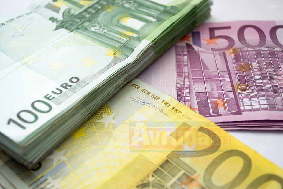 Nakit ödemeye 1000 euro sınırı getirildi