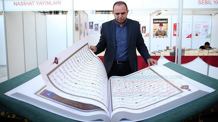 70 kilogram ağırlığındaki 'Kur'an-ı Kerim' yoğun ilgi gördü