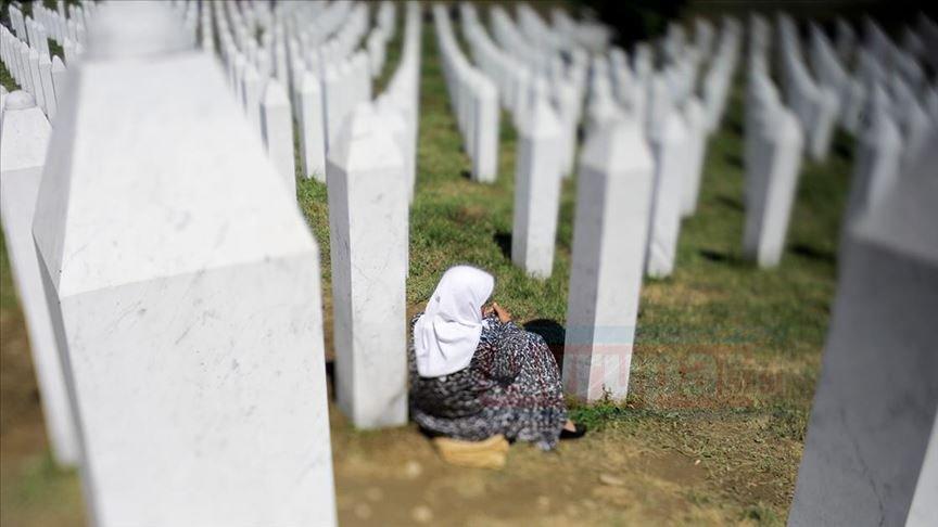 Potoçari cenaze töreninin ardından sessizliğe gömüldü