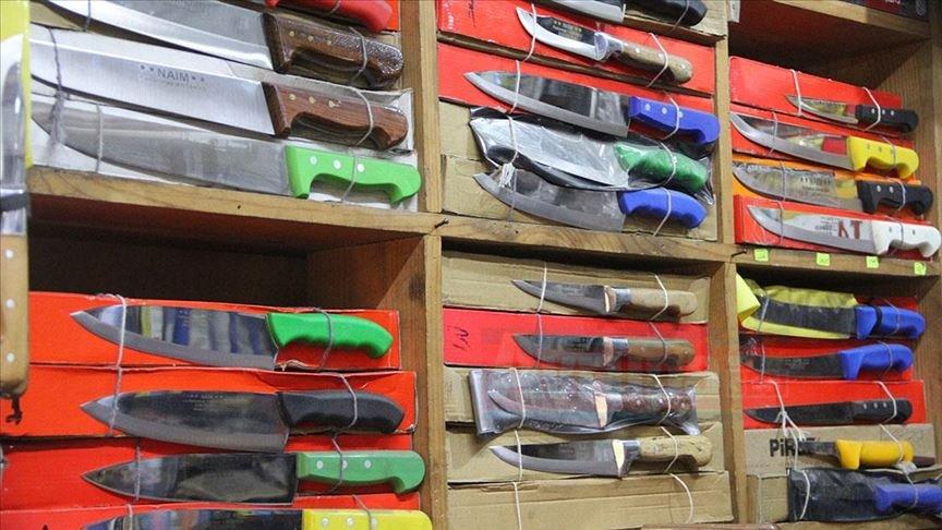 Hatay'dan yurt içi ve yurt dışına el yapımı bıçak satıyorlar