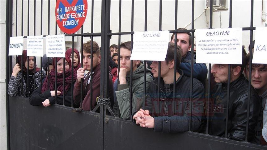 Yunanistan yönetimi sorunları çözmek yerine Türk azınlığa yönelik baskılarını artırıyor