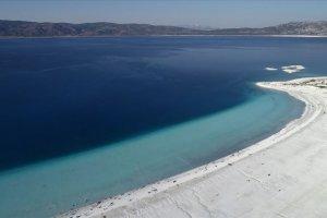 Salda Gölü'nün ziyaretçi sayısı 800 bini aştı