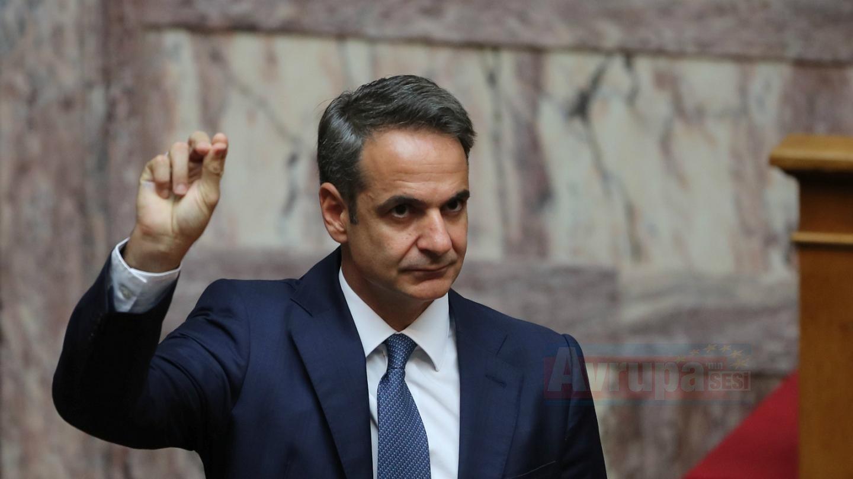 Yunanistan Başbakanı Miçotakis'ten vergi indirimi açıkladı