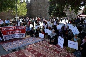 Kayserili annelerden Diyarbakır'daki annelere destek verildi