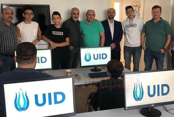 UID Hagen şubesinde bilgisayar kursu başladı