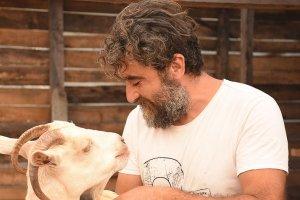Tunç Demirkaya yaşamı köyünde buldu