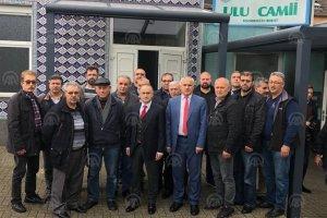 Başkonsolos Cebeci Dortmund'a molotofkokteyl atılan camiyi ziyaret etti
