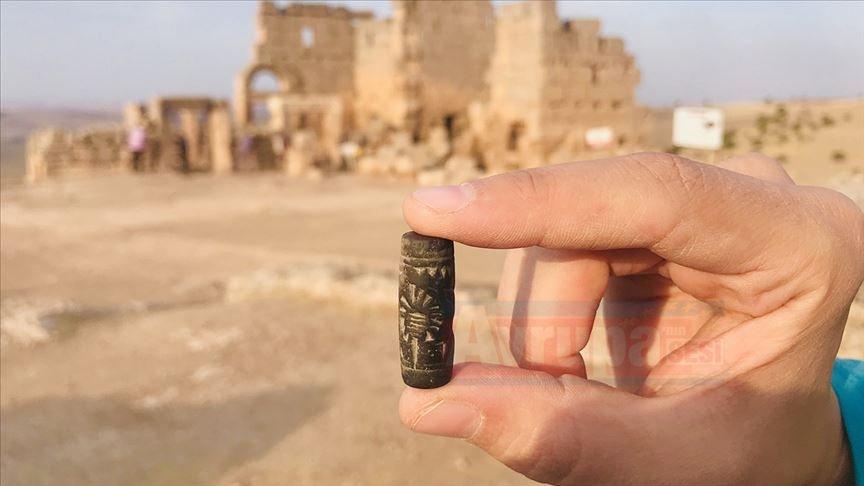 Diyarbakır'da 3 bin yıllık 'Asur mührü' kazılarda ortaya çıktı