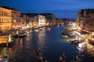Venedik kentini ziyaret etmek isteyenler giriş ücreti ödeyecek