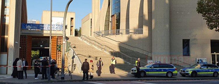 Köln DİTİB Genel Merkezi'ne asılsız bomba ihbarı