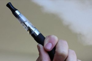 ABD'de elektronik sigara akciğer nakline yol açtı