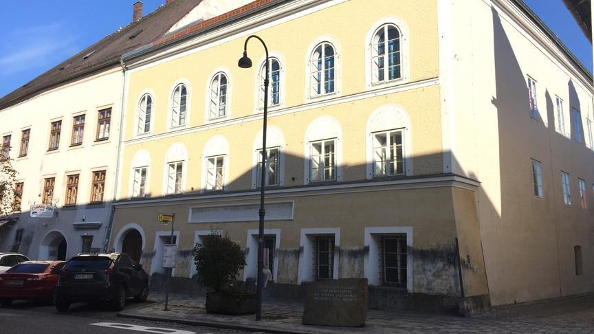 Avusturya'da Hitler'in doğduğu ev polis merkezi olacak