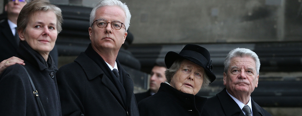 Almanya'da eski cumhurbaşkanının doktor oğlu bıçaklanarak öldürüldü